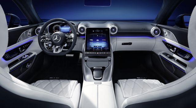 das exklusive interieur des neuen mercedes amg sl  the exclusive interior of the new mercedes amg sl