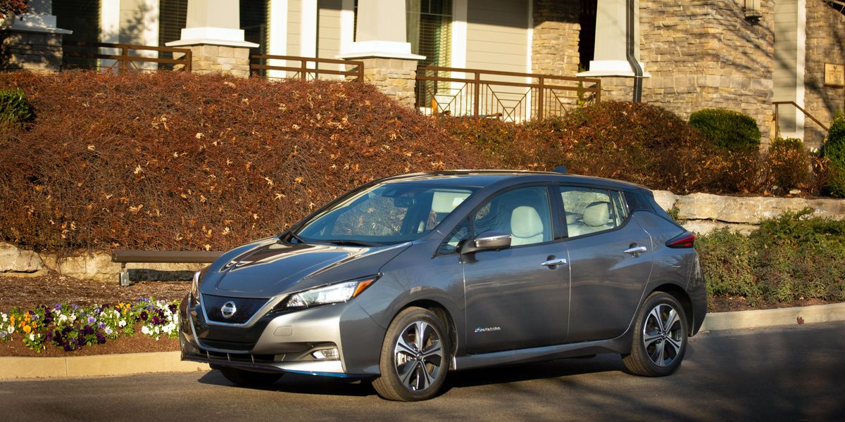 The 2022 Nissan Leaf Cuts the Price and Adds Some Extras