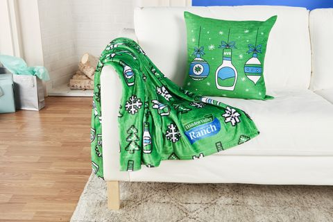 Green, Bedding, Furniture, Textile, Pillow, Aqua, Bed sheet, Cushion, Linens, Room,