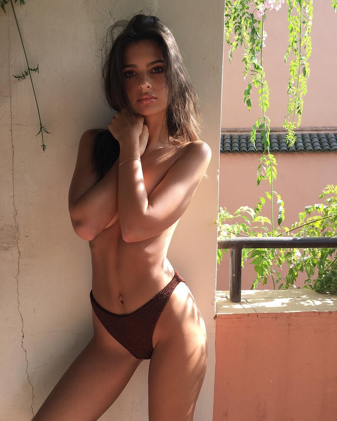 A Brief History of Emily Ratajkowski's Most Naked Moments