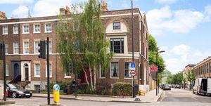224 Mare Street - London - Sean Mathias - exterior - Savills