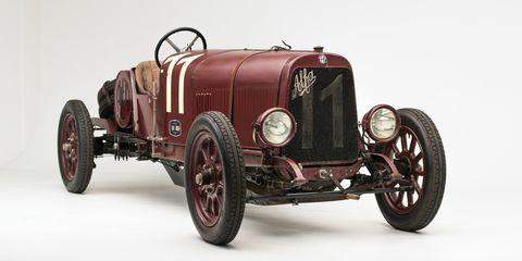 Land vehicle, Vehicle, Car, Vintage car, Classic car, Antique car, Classic, Coupé, Sports car, Sedan,