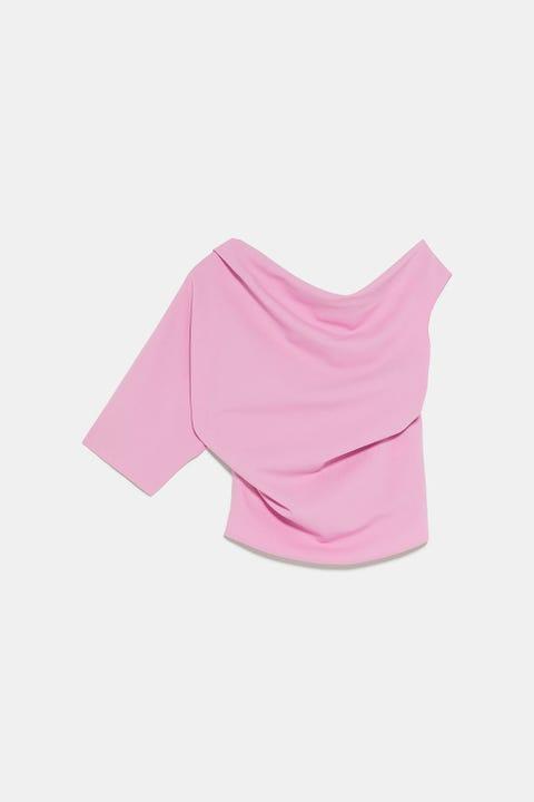 Pink, Clothing, T-shirt, Shoulder, Sleeve, Crop top, Neck, Blouse, Magenta, Collar,