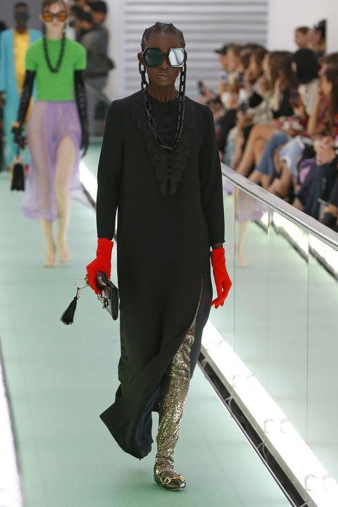 Fashion, Runway, Fashion design, Eyewear, Fashion show, Fashion model, Outerwear, Human, Haute couture, Model,