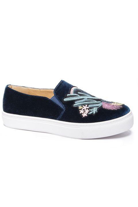 Shoe, Footwear, Sneakers, Skate shoe, Product, Plimsoll shoe, Mary jane, Athletic shoe,