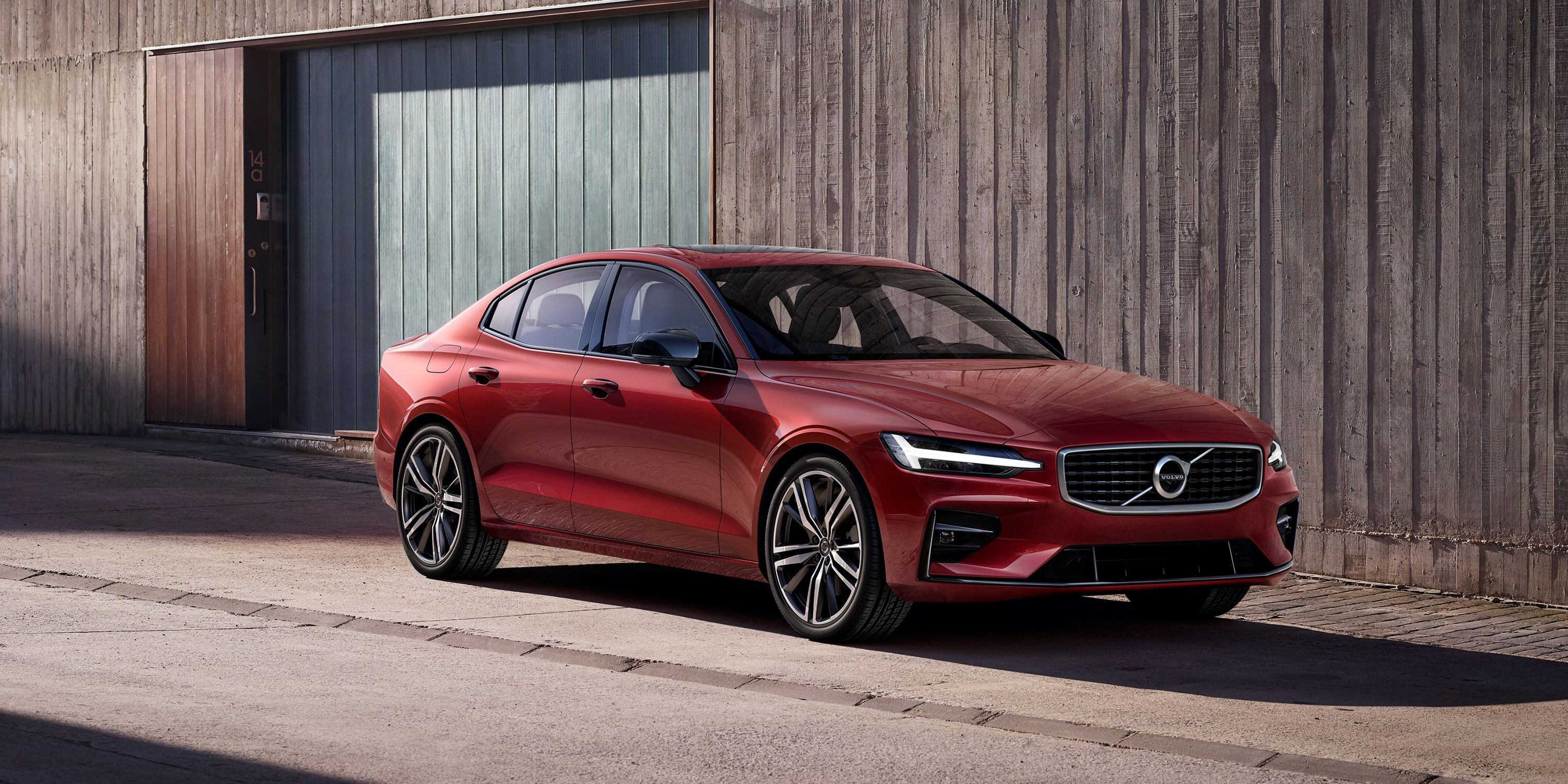 2019 Volvo S60 T8 Polestar Engineered Specs And Photos Of New