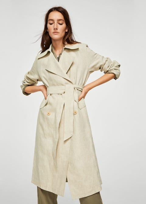 Clothing, Trench coat, Coat, Overcoat, Fashion model, Outerwear, Duster, Sleeve, Beige, Day dress,