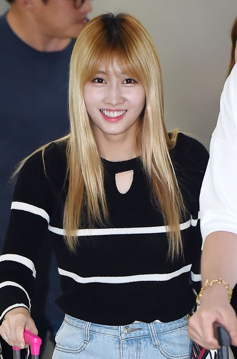 momo of twice arrived at gimpo international airport on september 5, 2016 in south korea 2016 09 05