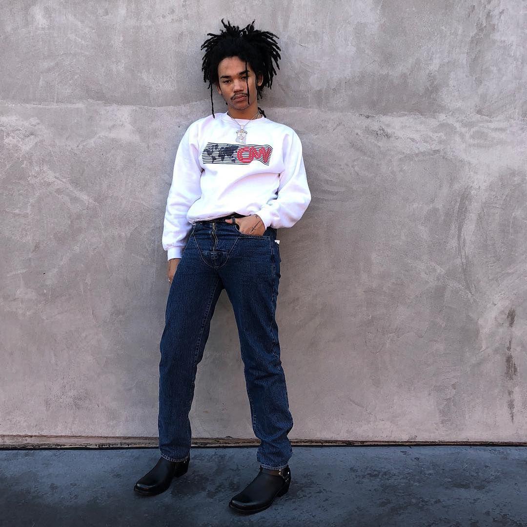 Fashionable boys pound