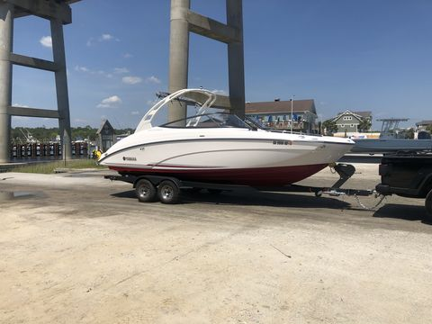 The Yamaha 242 Limited S Is Ready To Escape The Lake