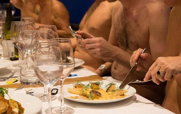 The First All Nude Restaurant In Paris Is Closing Due To Lack Of