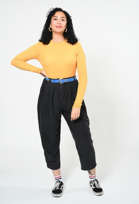 Clothing, Black, White, Waist, Yellow, Shoulder, Blue, Standing, Photo shoot, Leg,