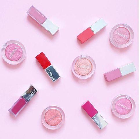 粉色,蜜桃粉,珊瑚粉,腮紅,唇彩,唇膏,流行色