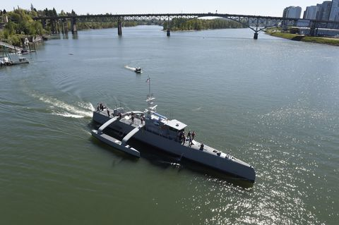 Vehicle, Water transportation, Boat, Watercraft, Ship, Patrol boat, river, Tugboat, Channel, Submarine, River monitor,