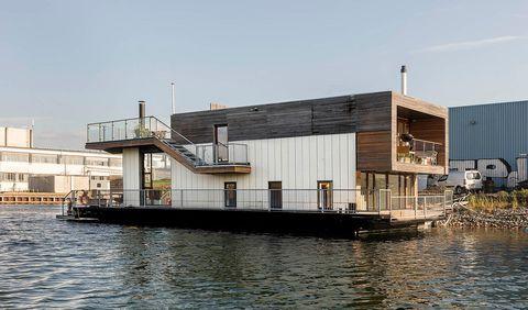 Casa moderna galleggiante a Copenaghen, vista esterna