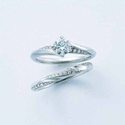 エクセルコ ダイヤモンド「シャンス エターナル」エンゲージリングとマリッジリング