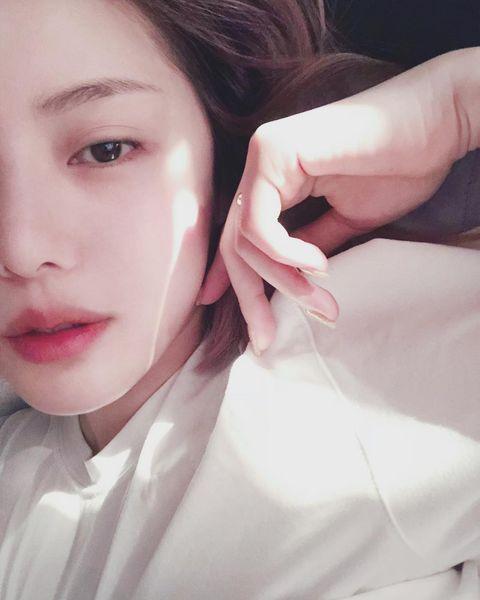 Face, Lip, Skin, Hair, Nose, Eyebrow, Pink, Beauty, Cheek, Head,
