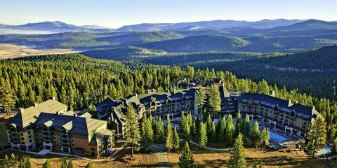 Mountainous landforms, Mountain, Nature, Natural landscape, Wilderness, Tree, Mountain range, Natural environment, Hill station, Highland,