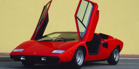 Land vehicle, Vehicle, Car, Supercar, Sports car, Automotive design, Lamborghini countach, Red, Motor vehicle, Lamborghini,