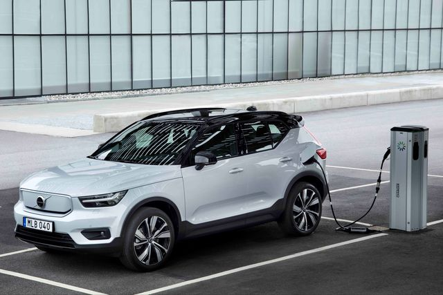 volvo xc40 recharge on charger