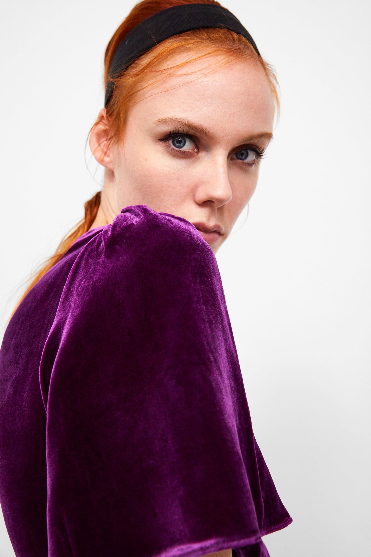 Zara quiere que lleves este total look de terciopelo en tu próxima fiesta