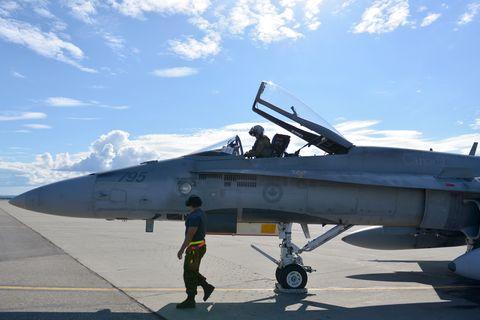 Aircraft, Vehicle, Airplane, Fighter aircraft, Air force, Military aircraft, Aviation, Mcdonnell douglas f/a-18 hornet, Jet aircraft, Aerospace manufacturer,