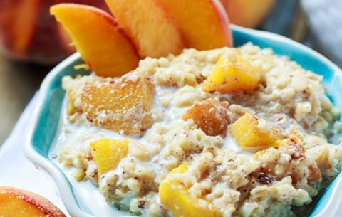 Crock Pot Peaches and Cream Oats