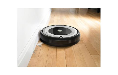 iRobot Roomba 690 Wi-Fi Connected Vacuuming Robot