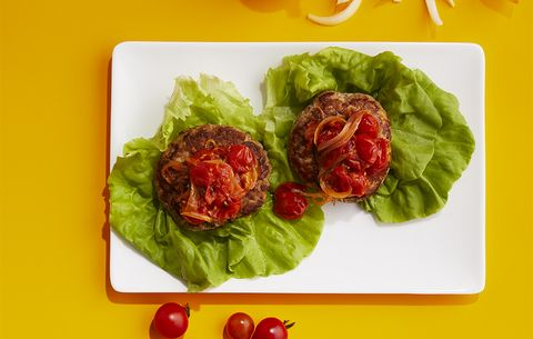 Turkey Burgers With Tomato Jam