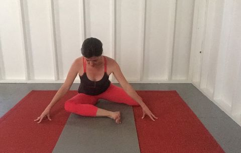 yoga poses for sciatica pain  prevention