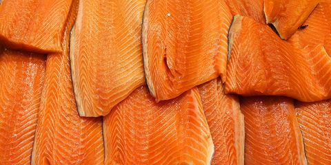 what kind of salmon is healthiest? a guide to how to buy the best salmon.