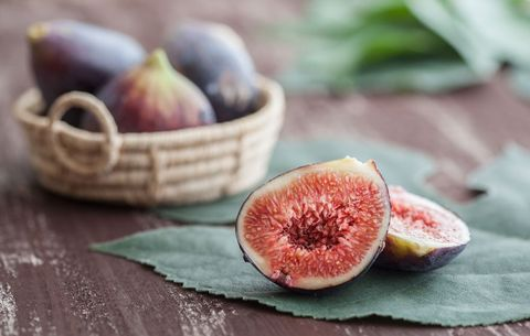 sliced figs on table
