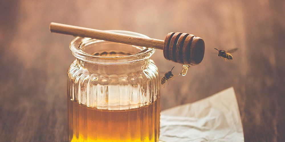 Why Honey Is So Good For Your Skin—And 10 Amazing Honey Beauty Products To Try
