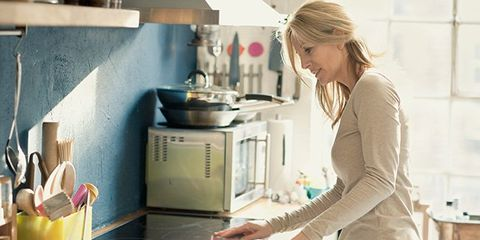 Spring cleaning tips for your kitchen that can help you lose weight.