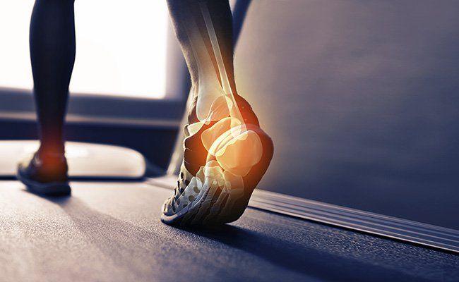 5 Reasons Your Heels Hurt During Walks