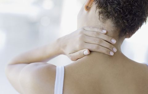 This 1-Minute Stretch Will Work Wonders On Your Tight, Achy Neck