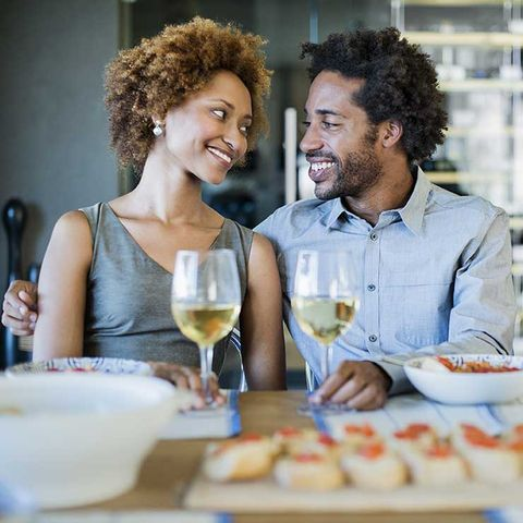 10 Little Things Connected Couples Do