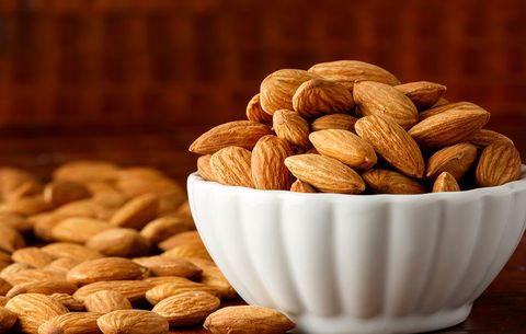 30 Days Of Superfoods: Almonds To Ease Headaches