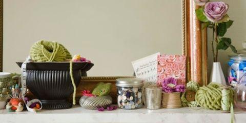 Serveware, Dishware, Pink, Purple, Petal, Lavender, Flowering plant, Violet, Still life photography, Home accessories,