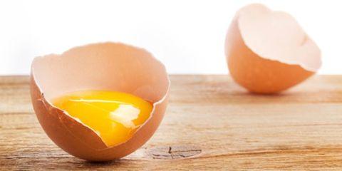 egg nutrition versus egg whites; cracked egg