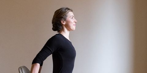 5 restorative neck stretches you can do sitting down