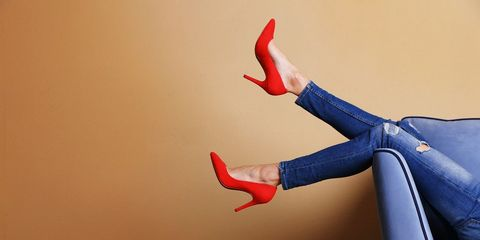 Skinny jeans and red heels