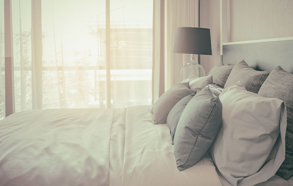 25 Simple Tricks To Make Your Bedroom Feel Extra Cozy Prevention