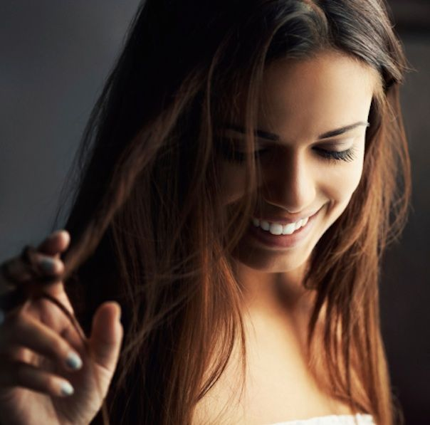5 Anti Frizz Hair Products That Actually Work