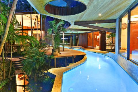 Miami Lazy River House