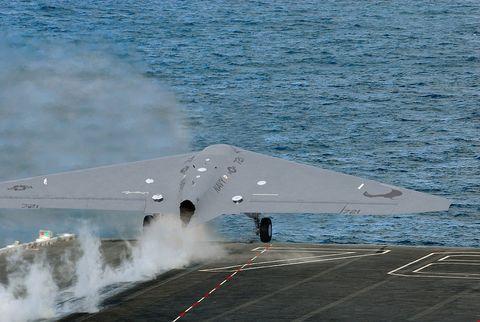 Airplane, Vehicle, Aircraft, Northrop Grumman, Northrop grumman b-2 spirit, Stealth aircraft, Aviation, Aerospace manufacturer,