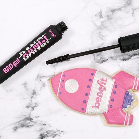 Pink, Mascara, Cosmetics, Material property, Nail care, Nail,