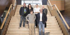 Sergi López, Gina Gershon, Elena Anaya, Wally Shawn, Woody Allen y Jaume Roures