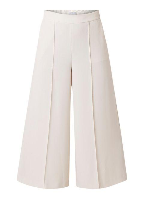 Clothing, White, Beige, Trousers, A-line, Sportswear, Shorts, Waist,
