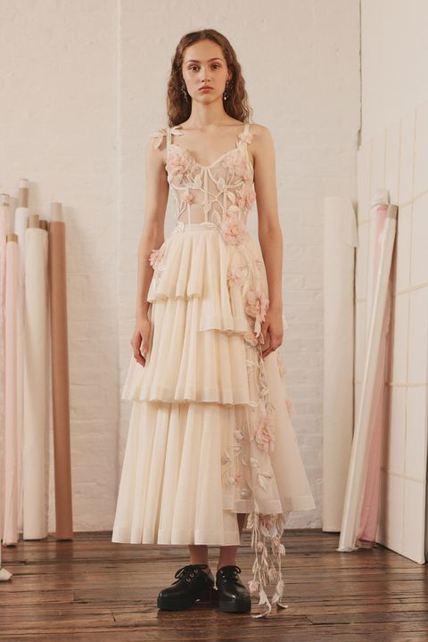 Clothing, Dress, Gown, Fashion model, Wedding dress, Fashion, Bridal party dress, Bridal clothing, Formal wear, A-line,